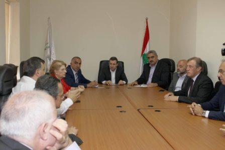Minister-Wael-Abou-Faour-Meets-a-Delegation-of-Doctors[1]