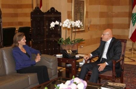 Pr-Minister-Tammam-Salam-Meets-European-Ambassador[1]